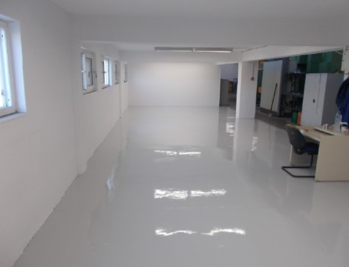 Construction of an industrial floor in a building in Evia
